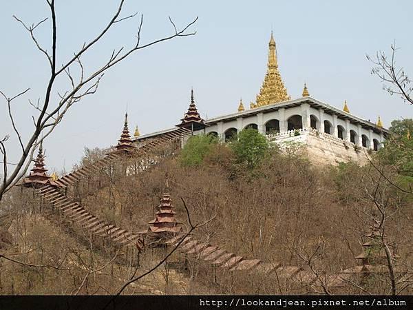 曼德勒山的廟