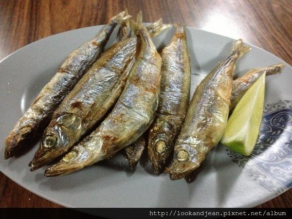 柳葉魚100