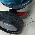 橡皮輪胎及安全煞車設計