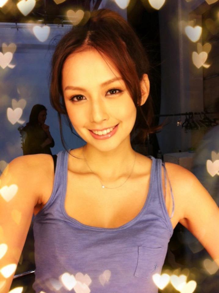 袁艾菲26