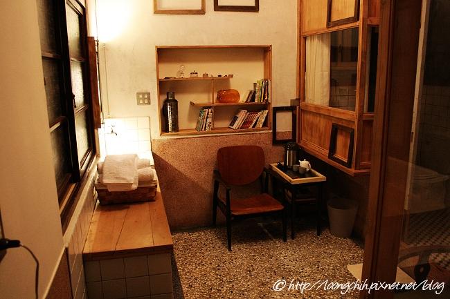 hsieh_house117.jpg