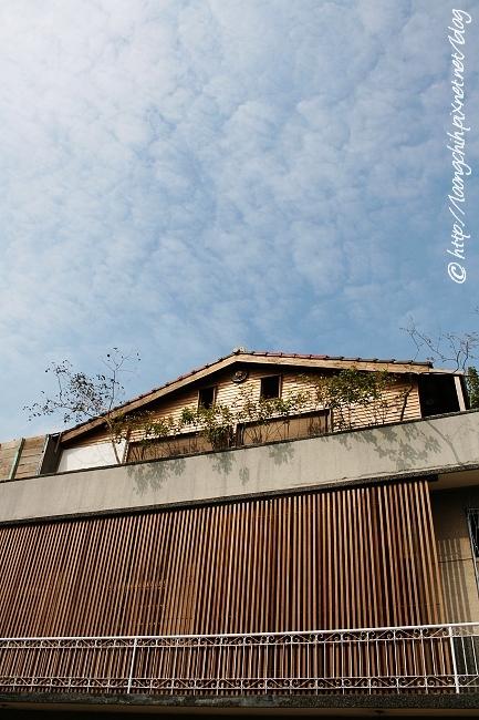 hsieh_house320.jpg
