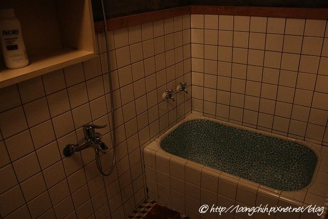 hsieh_house103.jpg
