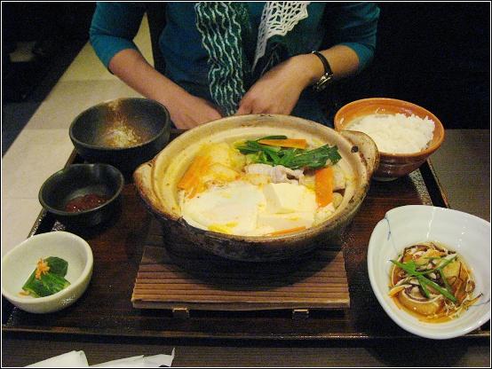 韓式豬肉泡菜鍋定食.JPG