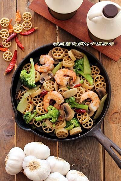 蒜香辣味鮮蝦pasta