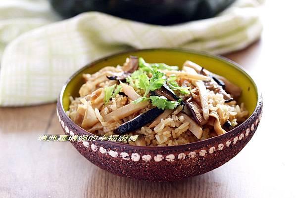 竹筍菜脯炊飯2