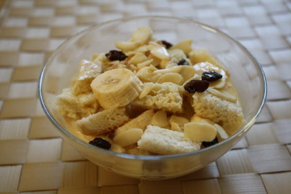 香蕉麵包布丁2_大小 .jpg