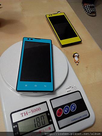 紅米背殼+螢幕彩貼+手機殼