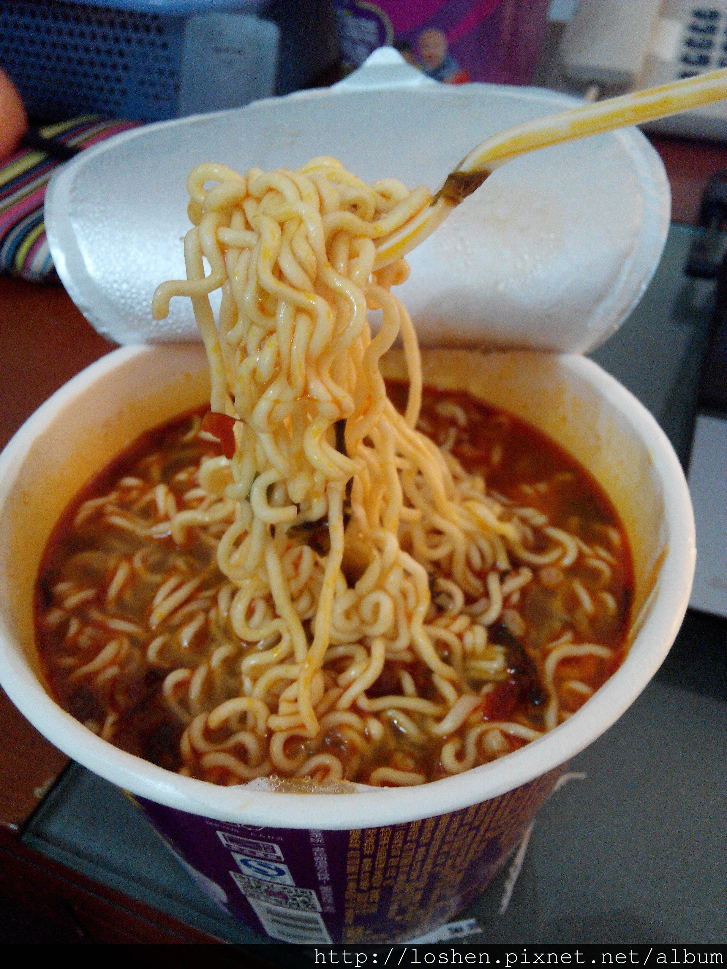 統一&康師傅老壇酸菜牛肉麵