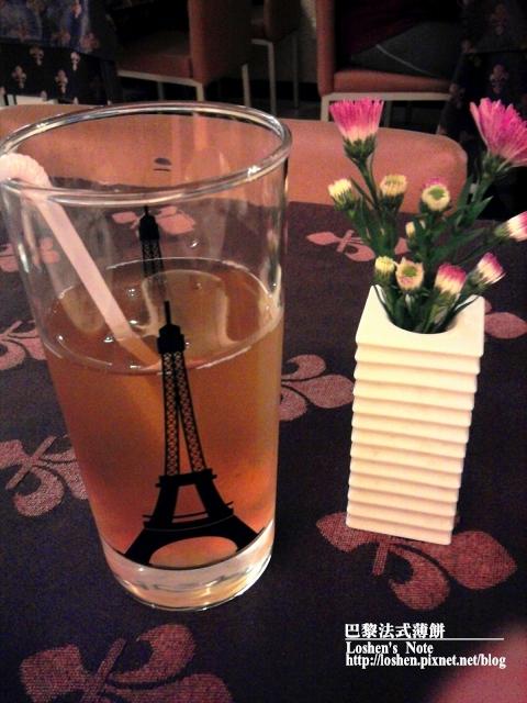 法國巴黎薄餅桂花紅茶