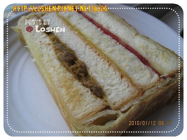 法蘭四季-火腿起酥三明治(烤過後)
