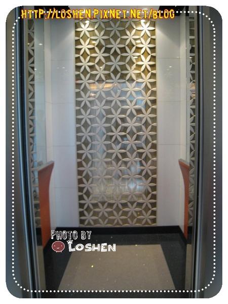 百樂飯店-電梯裡面