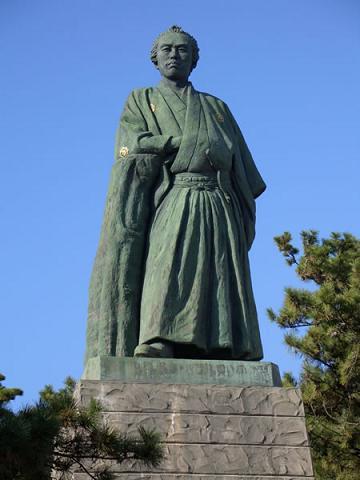 坂本龍馬的銅像.jpg