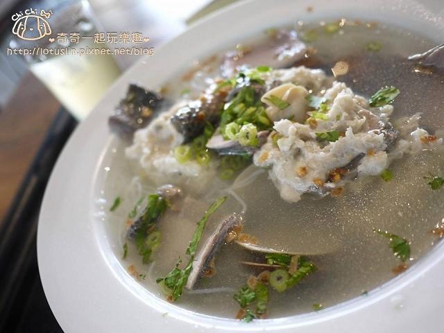 虱目魚海鮮米粉.jpg