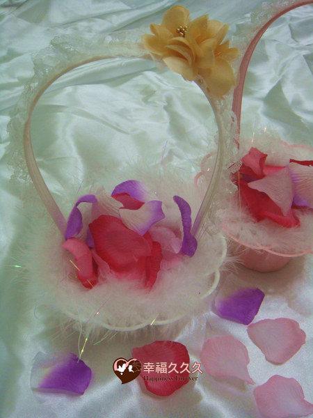[幸福久久久]精緻花童籃(送144片人造花瓣)特價一個100元