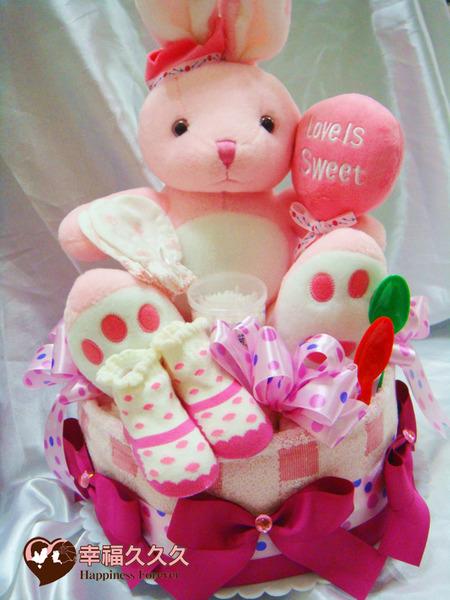 [幸福久久久]甜蜜兔寶寶尿布蛋糕2
