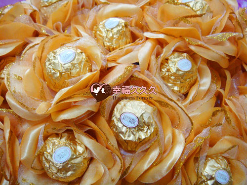 幸福久久久婚禮小物--婚禮小物之豪華玫瑰金莎巧克力花棒03