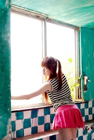 光的窗口,美麗新世界.jpg