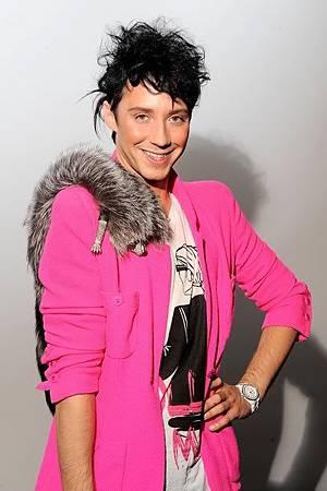 囧尼在紐約時裝週,氣色很好