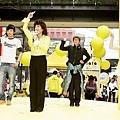 <OLALA>我和舞棍阿伯耶~搖咧XD