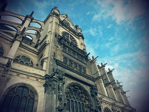 【巴黎。遊走】在哥德式建築中,感受中世紀的文藝~聖厄斯塔什教堂。