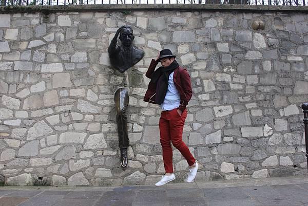 【巴黎。景點】蒙馬特畫家村,紅磨坊隨興遊走。