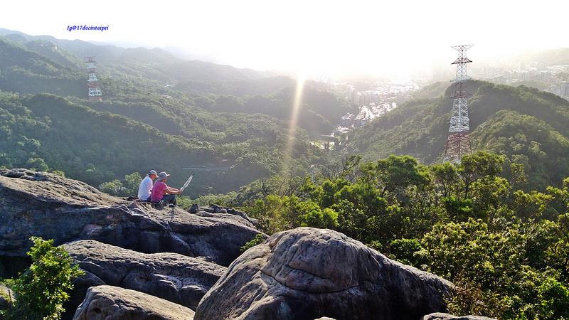 TAIPEI-bush walking-台北郊山健行-內湖金面山剪刀石-17度C隨拍 (20)