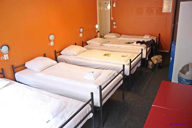 St-Christopher's-Amsterdam-TRAVEL-hostel-17docintaipei (7)