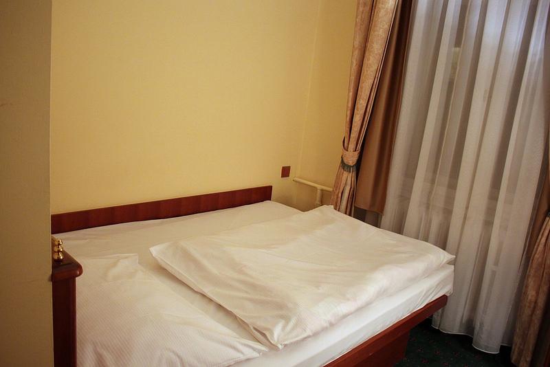 Travel-Czechia- Hotel-William-17docintaipei (11)