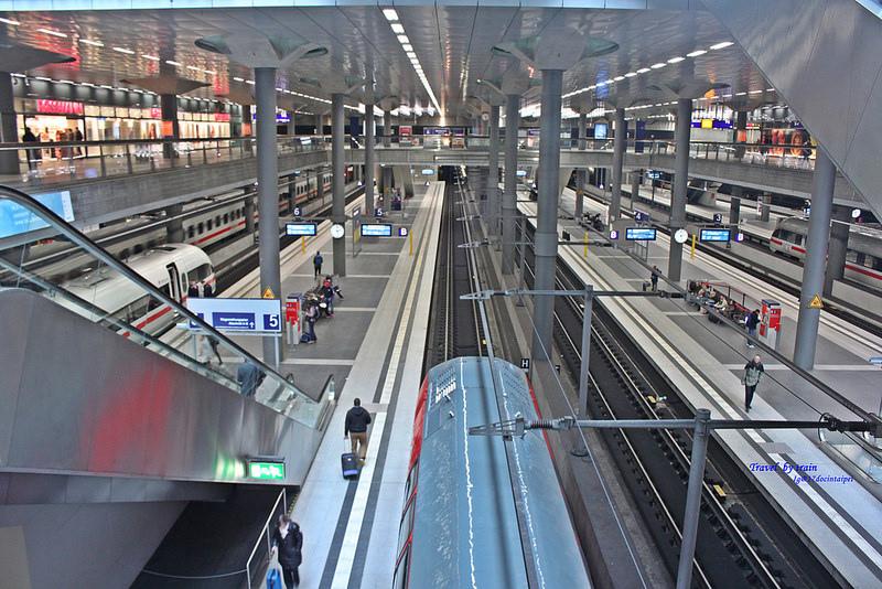 Travel-by-train-17docintaipei-German (27)
