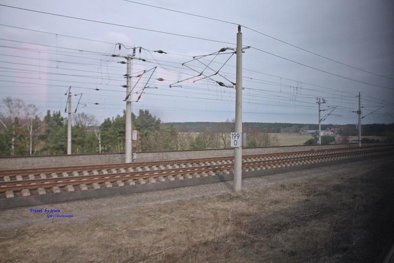 Travel-by-train-17docintaipei-German (21)