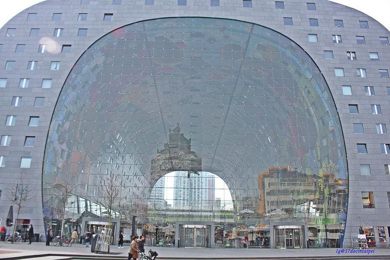 Travel-Rotterdam-Markthal-拱廊市場-17docintaipei (33)