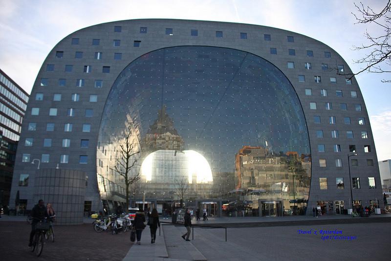 Travel-Rotterdam-Markthal-拱廊市場-17docintaipei (40)