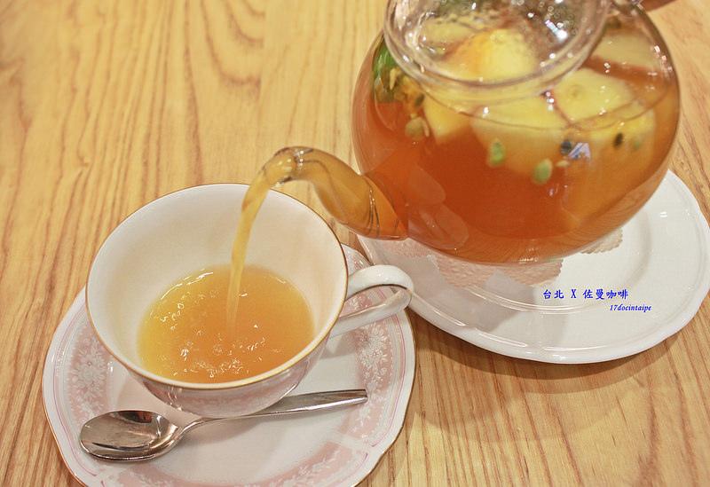 台北中山區-佐曼咖啡館-17度C隨拍 (21)
