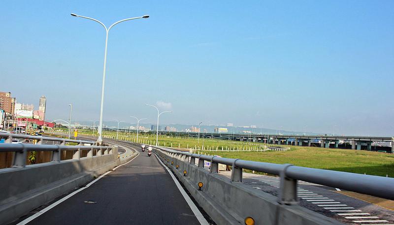 2015-環島沙發旅行-前往司馬克斯羅馬公路118線-17度C (1)