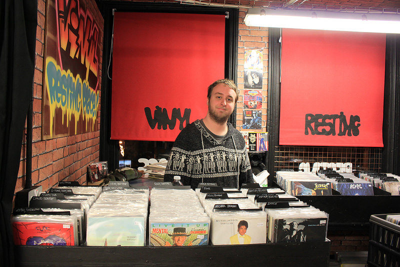Afflecks-vinyl Resting place (2)