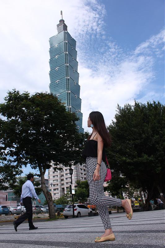 17度C大陸沙發客-TAIPEI-101四四南村-好丘 (15)