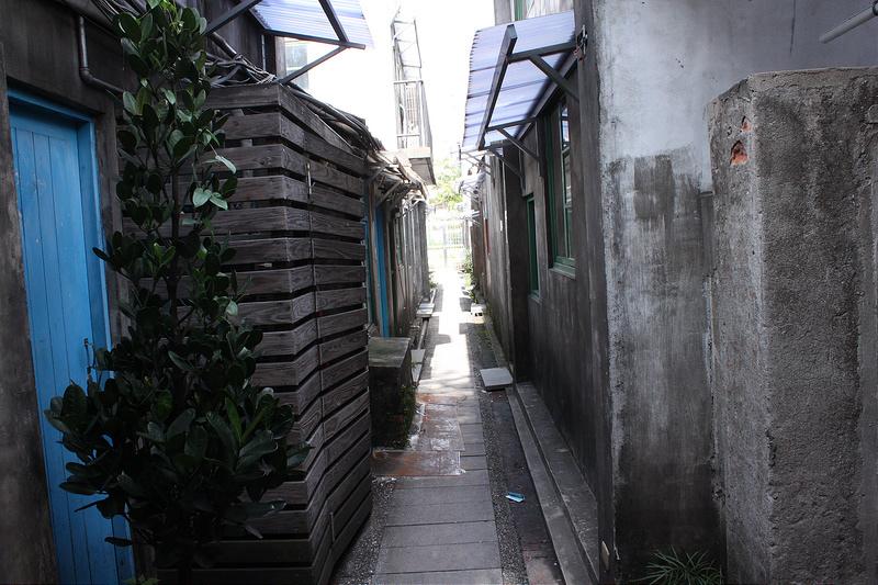 17度C大陸沙發客-TAIPEI-101四四南村-好丘 (52)