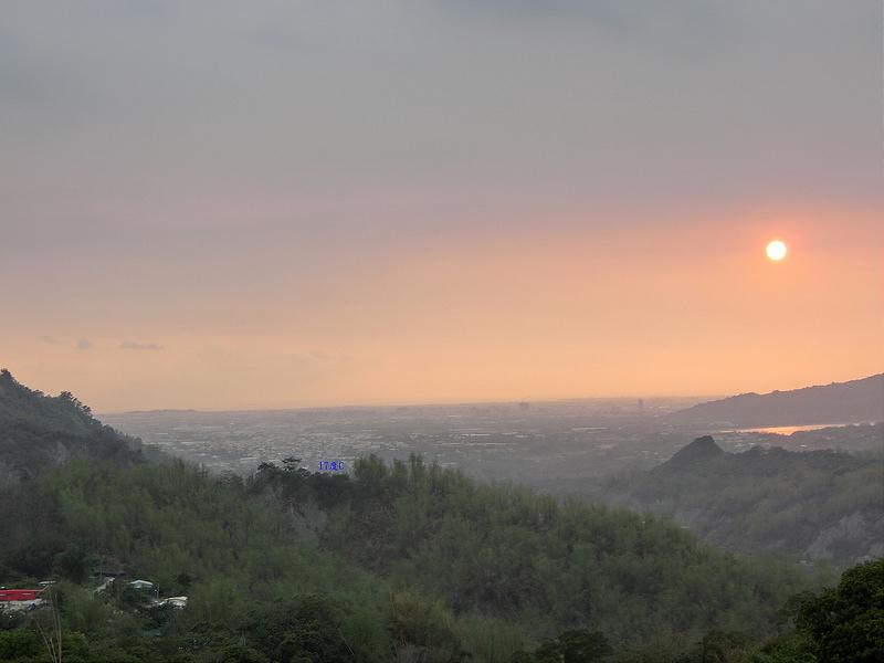 2014環島。高雄。養女湖。17度C (11)