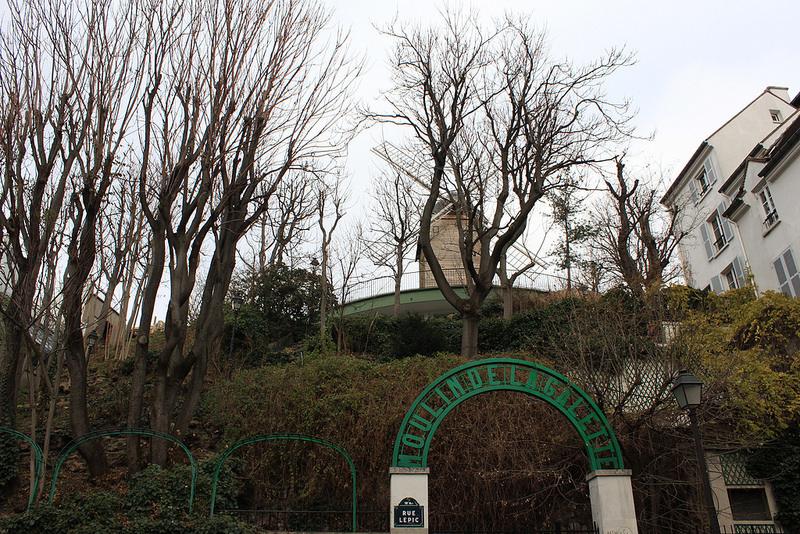 巴黎蒙馬特高地~聖心堂-17度C用中文遊巴黎。 (128)