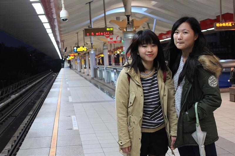 。文。香港沙發客 (124)