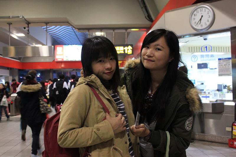 。文。香港沙發客 (127)