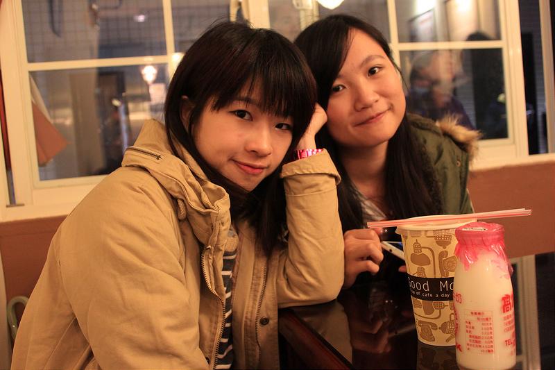 。文。香港沙發客 (145)