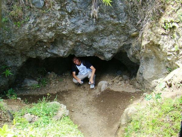 不明的洞穴生物.jpg
