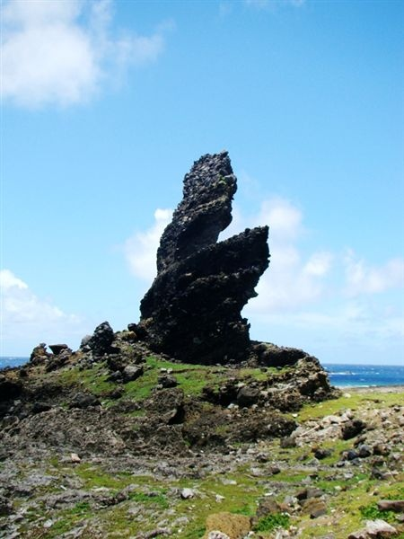 鱷魚岩.jpg