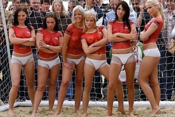 Beach Soccer in Australia   .... Why So Popular4.jpg