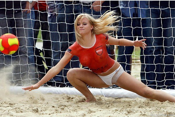 Beach Soccer in Australia   .... Why So Popular6.jpg