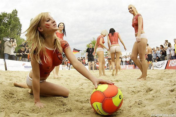 Beach Soccer in Australia   .... Why So Popular11.jpg