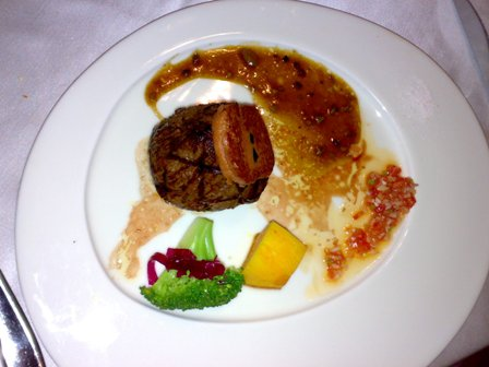 鵝肝腓力牛排1080+250套餐.jpg