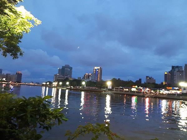 高雄愛河 Love River -1.jpg